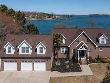 193 Walker Point Seneca, SC 29672 - Image 1