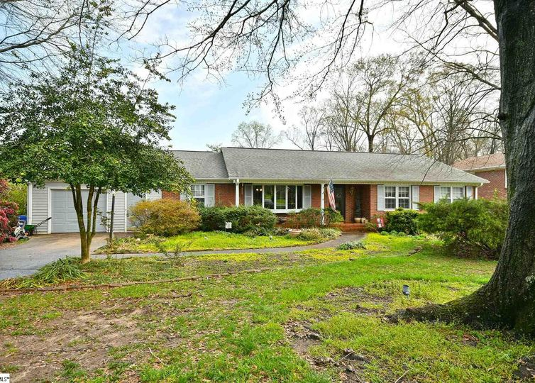 103 Adelaide Drive Greenville, SC 29615