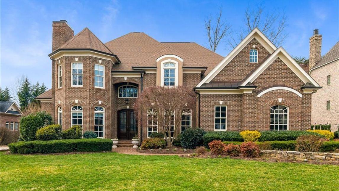 3103 Wynnewood Drive Greensboro, NC 27408