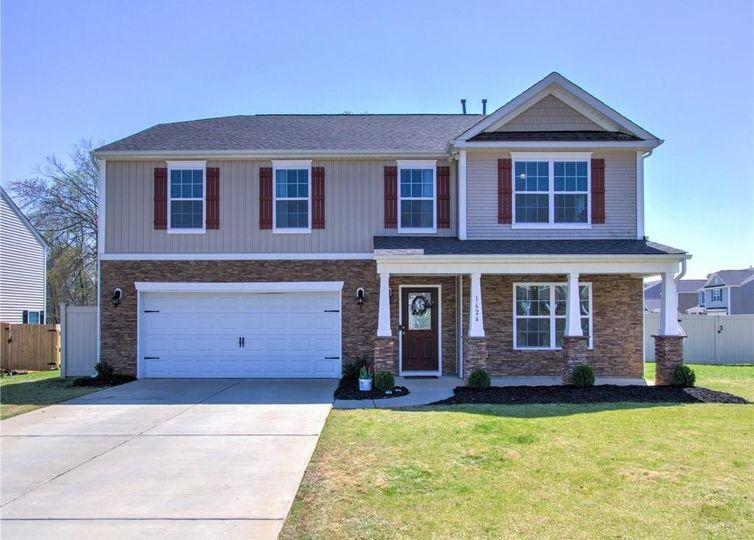 1624 Haddington Point Drive Kernersville, NC 27284
