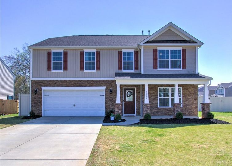 1624 Haddington Point Drive Kernersville, NC 27284