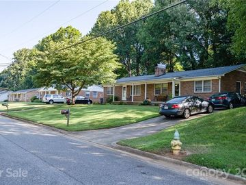 308-316 Holland Circle Statesville, NC 28677 - Image 1