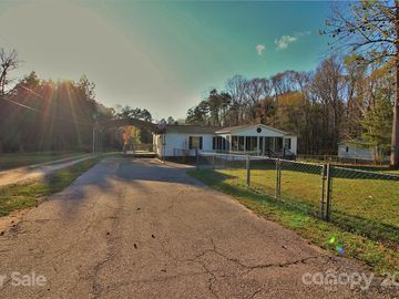 1703 Molly Circle York, SC 29745 - Image 1