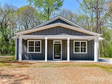 6719 Indian Lane Charlotte, NC 28213 - Image 1