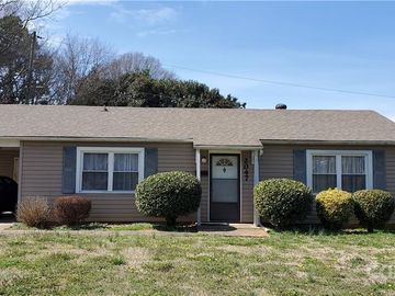 2047 English Drive Charlotte, NC 28216 - Image 1