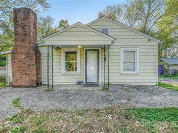 3021 Whiting Avenue Charlotte, NC 28205 - Image 1
