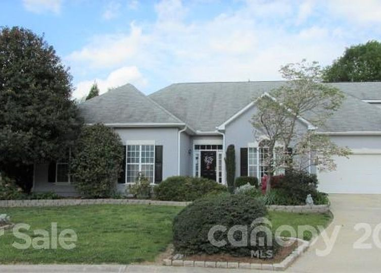 536 Gatsby Place Concord, NC 28027
