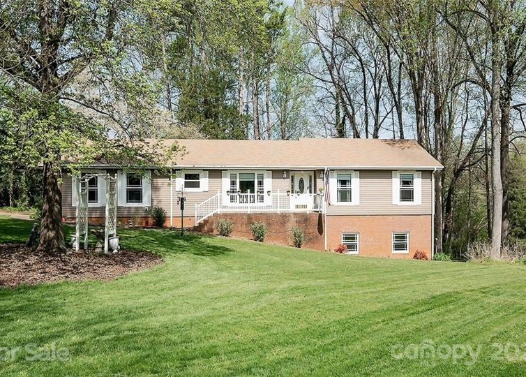 8700 Hickory Nut Trail Concord, NC 28027