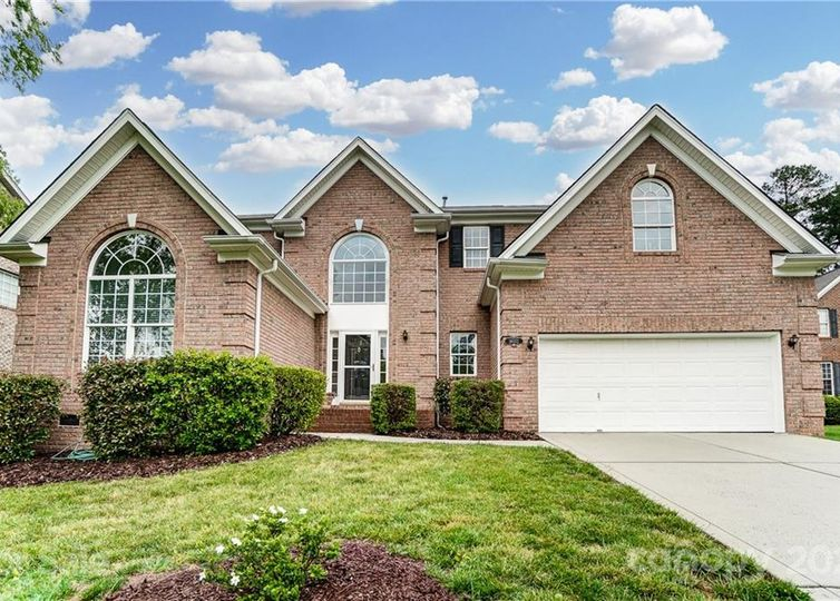 16022 Cleveleys Trail Huntersville, NC 28078