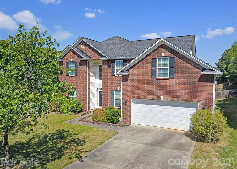 12118 Stone Forest Drive Pineville, NC 28134