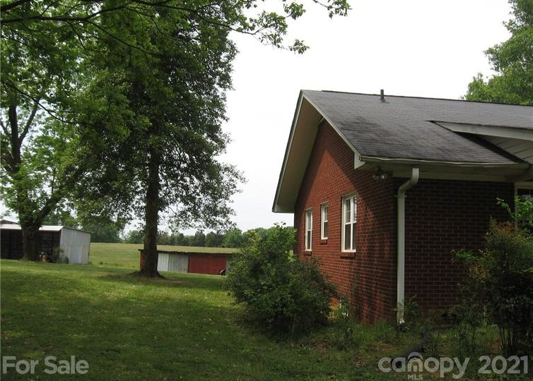 2242 Cold Springs Road photo #1