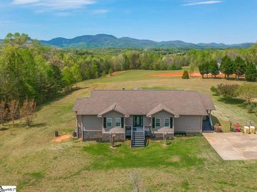 325 Harvey Gosnell Road Campobello, SC 29322 - Image 1