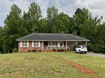 25 Yown Road Greenville, SC 29611 - Image 1