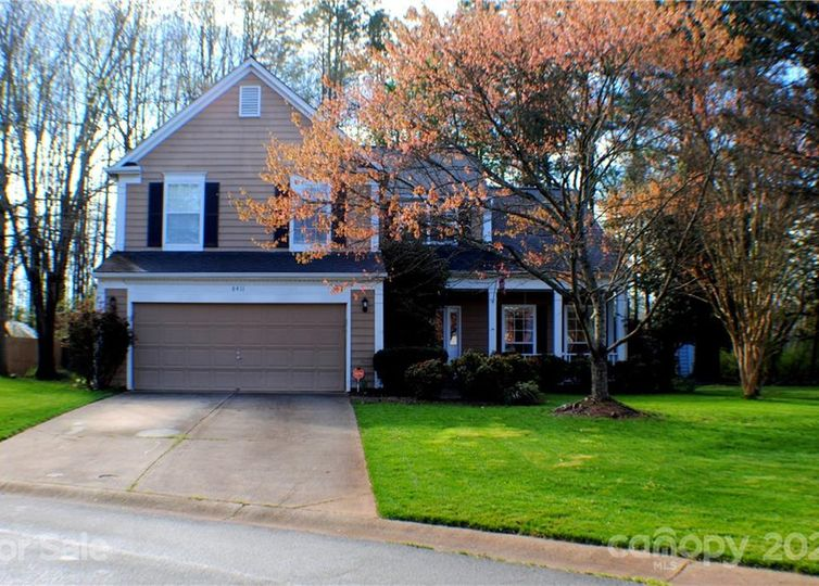 8411 Red Cypress Court Charlotte, NC 28216