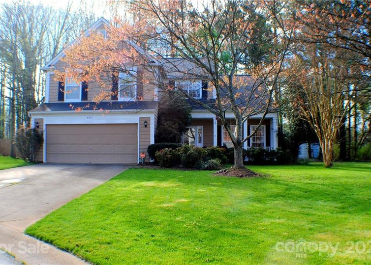 8411 Red Cypress Court photo #1