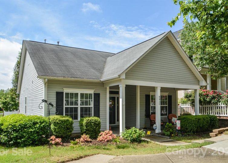 8820 Arrowhead Place Lane Cornelius, NC 28031