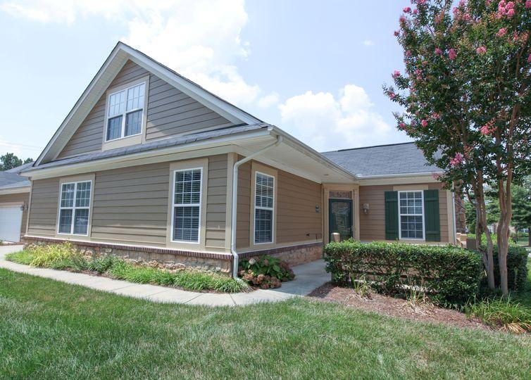 5569 Prosperity View Drive #2 Charlotte, NC 28269