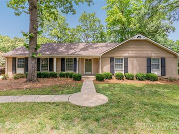 6908 Queensberry Drive Charlotte, NC 28226 - Image 1