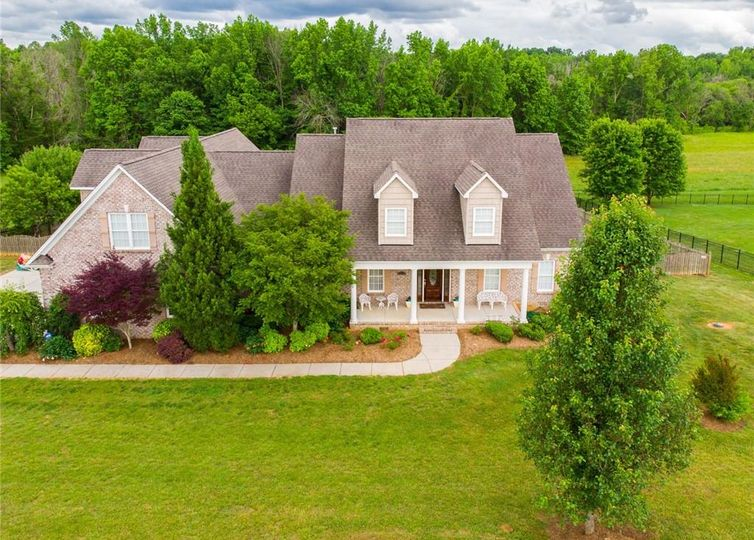 5818 Crutchfield Farm Road Oak Ridge, NC 27310