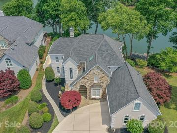 14034 Point Lookout Road Charlotte, NC 28278 - Image 1