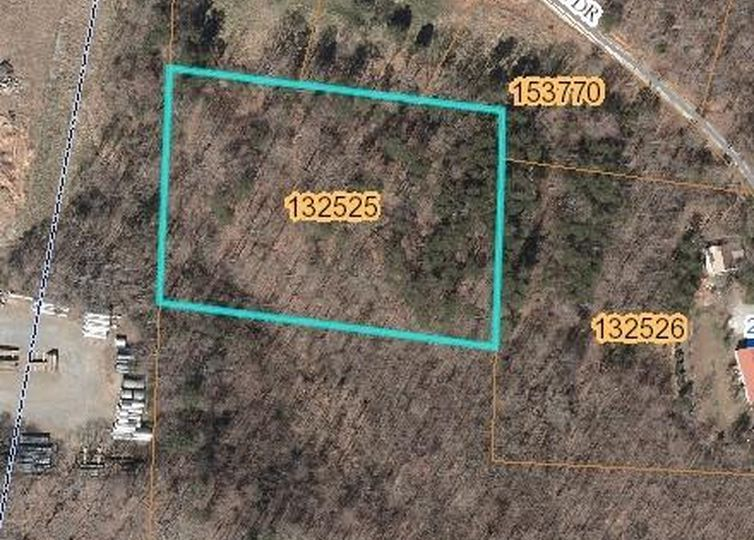 00 Country Home Road Yadkinville, NC 27055