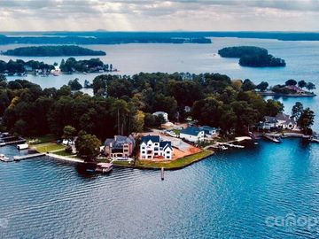 21213 Island Forest Drive Cornelius, NC 28031 - Image 1