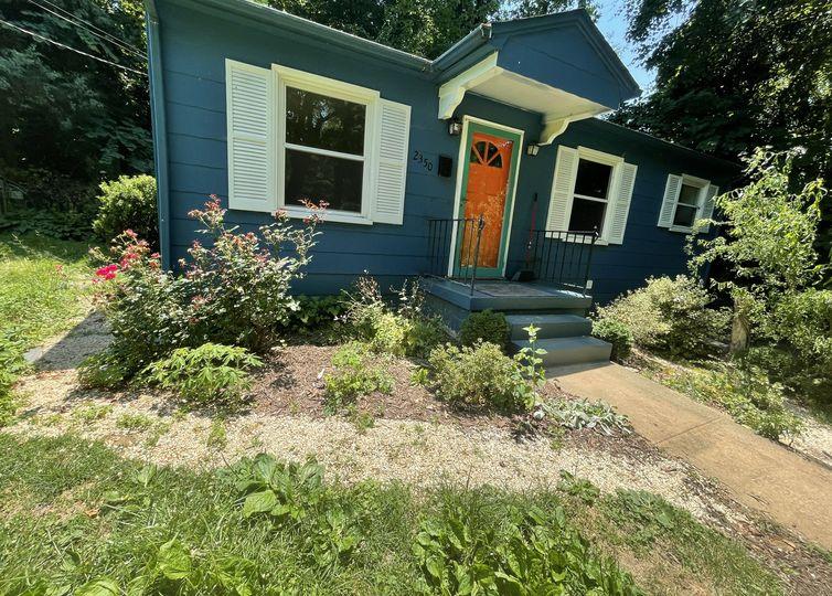2350 Cherokee Lane Winston Salem, NC 27103