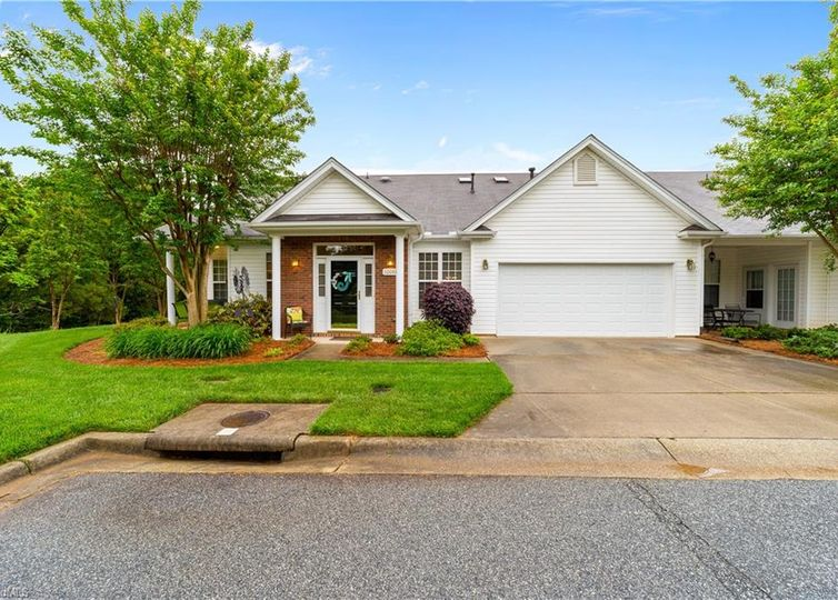 1008-C Gretchen Lane C Greensboro, NC 27210