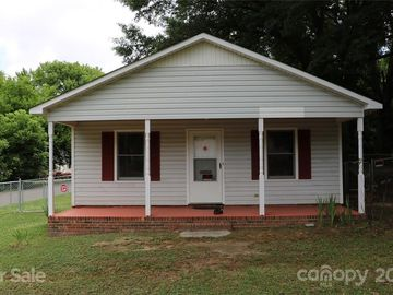208 W Shannonhouse Street Shelby, NC 28152 - Image 1