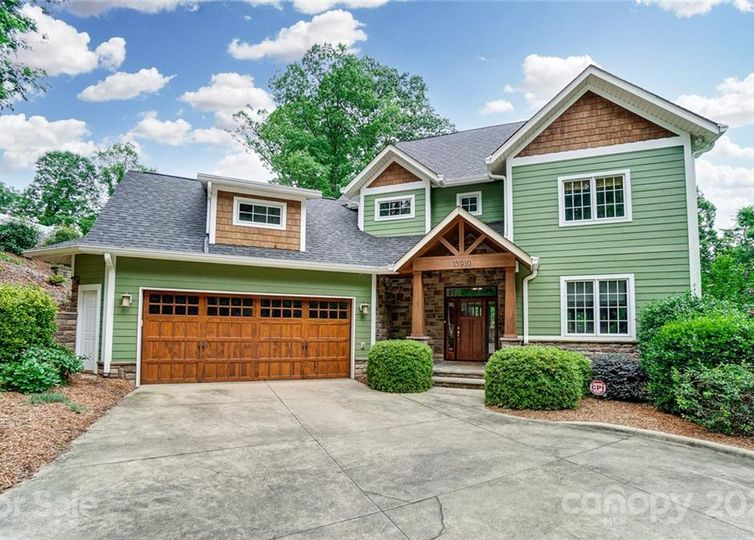 13910 Point Lookout Road Charlotte, NC 28278