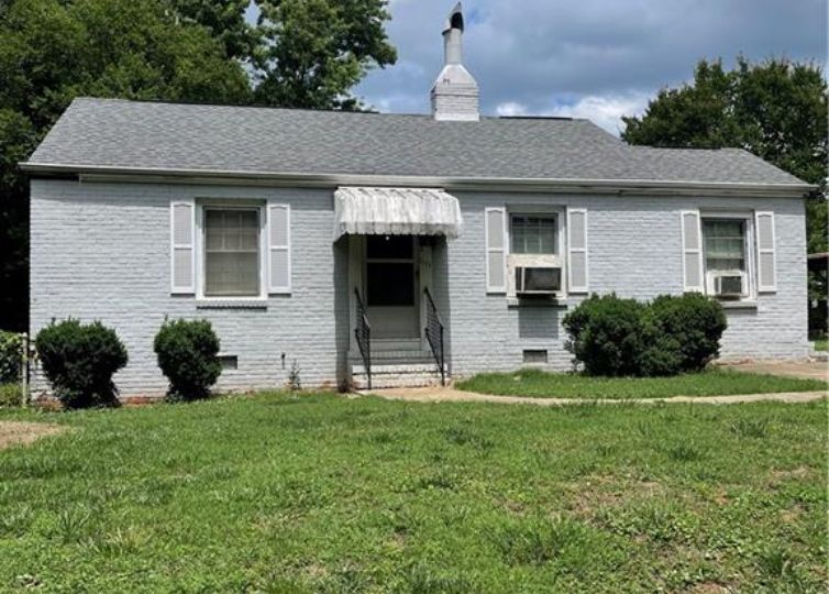 1111 Woodside Avenue Charlotte, NC 28205