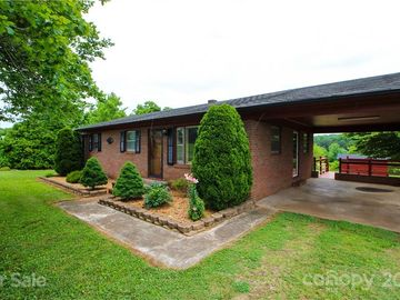 813 Candy Drive Statesville, NC 28677 - Image 1
