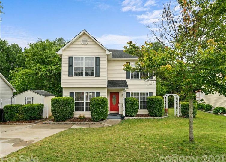 2318 Lomax Court SE Concord, NC 28025