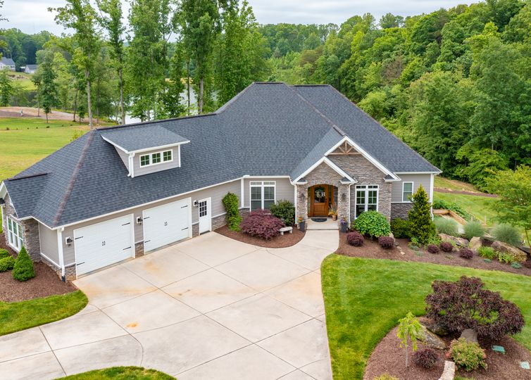 7509 Moores Mill Road Stokesdale, NC 27357