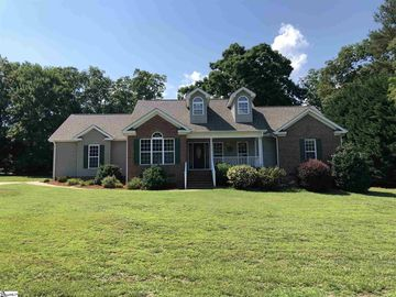 18 Clearwater Court Taylors, SC 29687 - Image 1