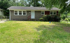 4206 Kildare Drive Greensboro, NC 27405 - Image