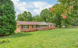 300 Matthews Township Parkway Matthews, NC 28105 - Image 1