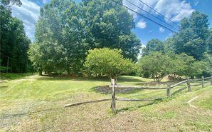 2624 S Stratford Road Winston Salem, NC 27103 - Image 1