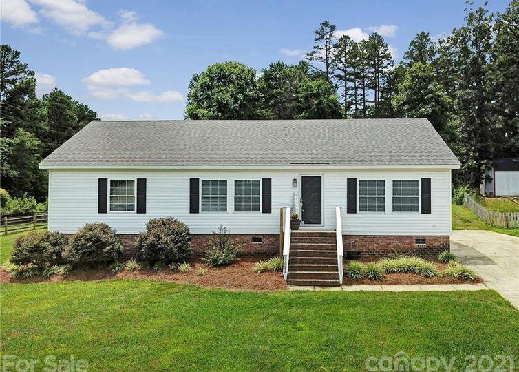 1682 Lemming Drive Concord, NC 28025