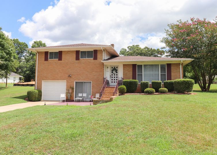 1216 Crossbow Circle NW Concord, NC 28027