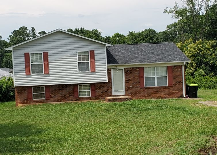 145 Clover Trail Lexington, NC 27295