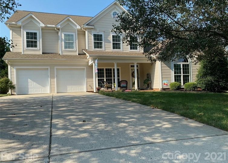 6574 NW Derby Lane NW #125 Concord, NC 28027