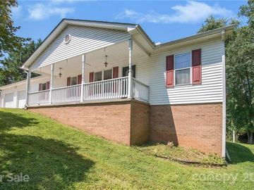 2517 Village Place Lenoir, NC 28645 - Image 1