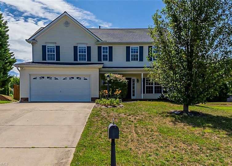 5916 Mineral Springs Court High Point, NC 27265