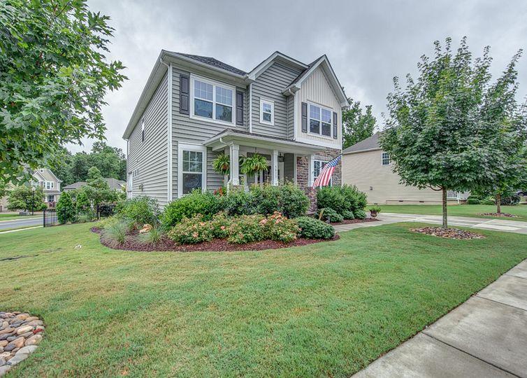 5813 Dinsmore Lane Belmont, NC 28012