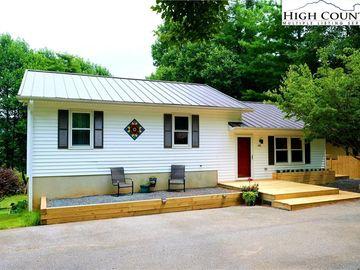 409 Ridgecrest Avenue West Jefferson, NC 28694 - Image 1