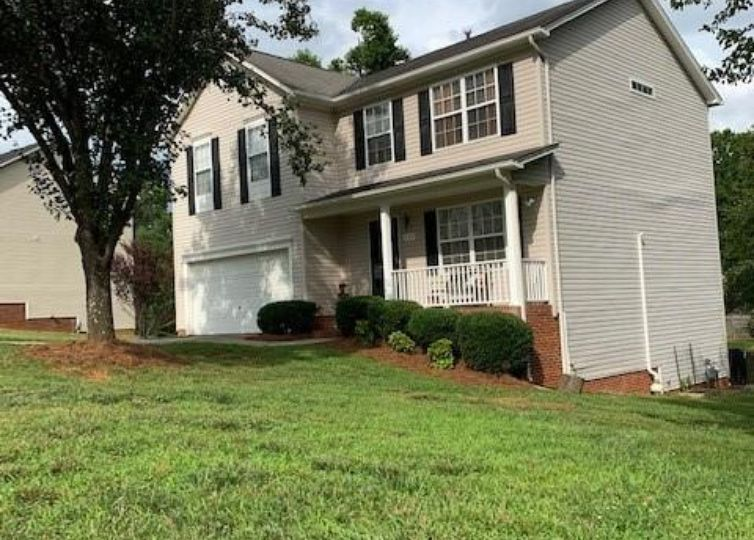113 Willow Bend Drive King, NC 27021