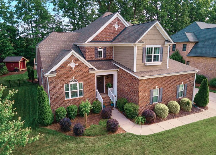 6104 New Bailey Trail Greensboro, NC 27455