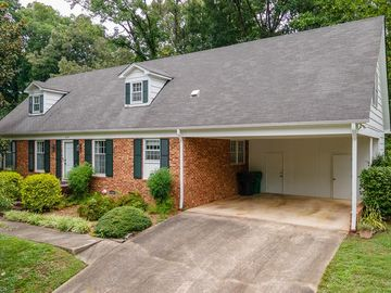 1412 Sweetbriar Court High Point, NC 27262 - Image 1