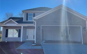 3548 Congress Square Kernersville, NC 27284 - Image 1